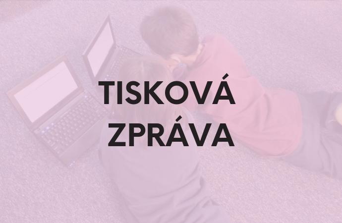 Rodiče by měli kontrolovat aktivity dětí na sociálních sítích, říká 86 procent Čechů
