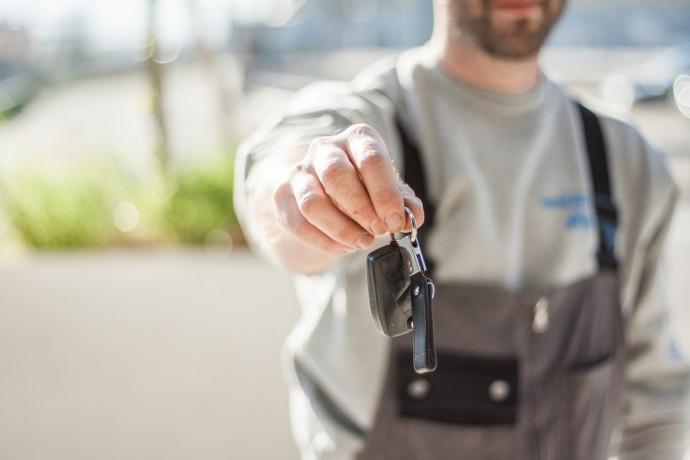 Klíče v kapse, ale auto pryč: hackeři snadno naklonují miliony klíčů od automobilů